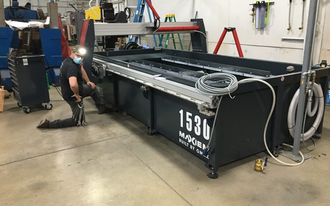 Another happy customer in Illinois with their new Maxiem 1530 installed by our technicians Jordan and Jim. #watercutting #omax #customerexperience #innovatetechnologies